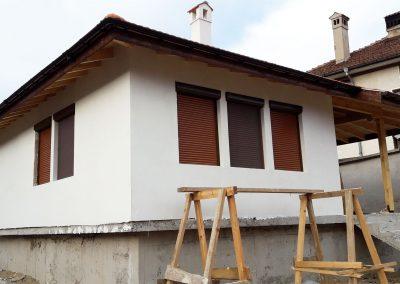 завършена къща Клисура 60 страничен изглед