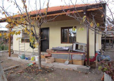 2 Близък фронтален изглед сглобяема къща сливен 51 м2