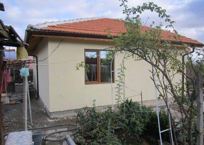 3 Изглед странично завършена къща Сливен 51 м2
