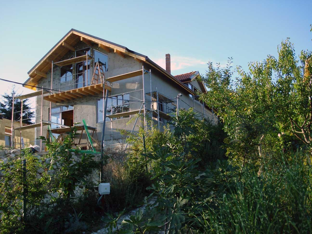 4 Шпакловка с мрежа на къща в гр. Варна с рзп 231 м2