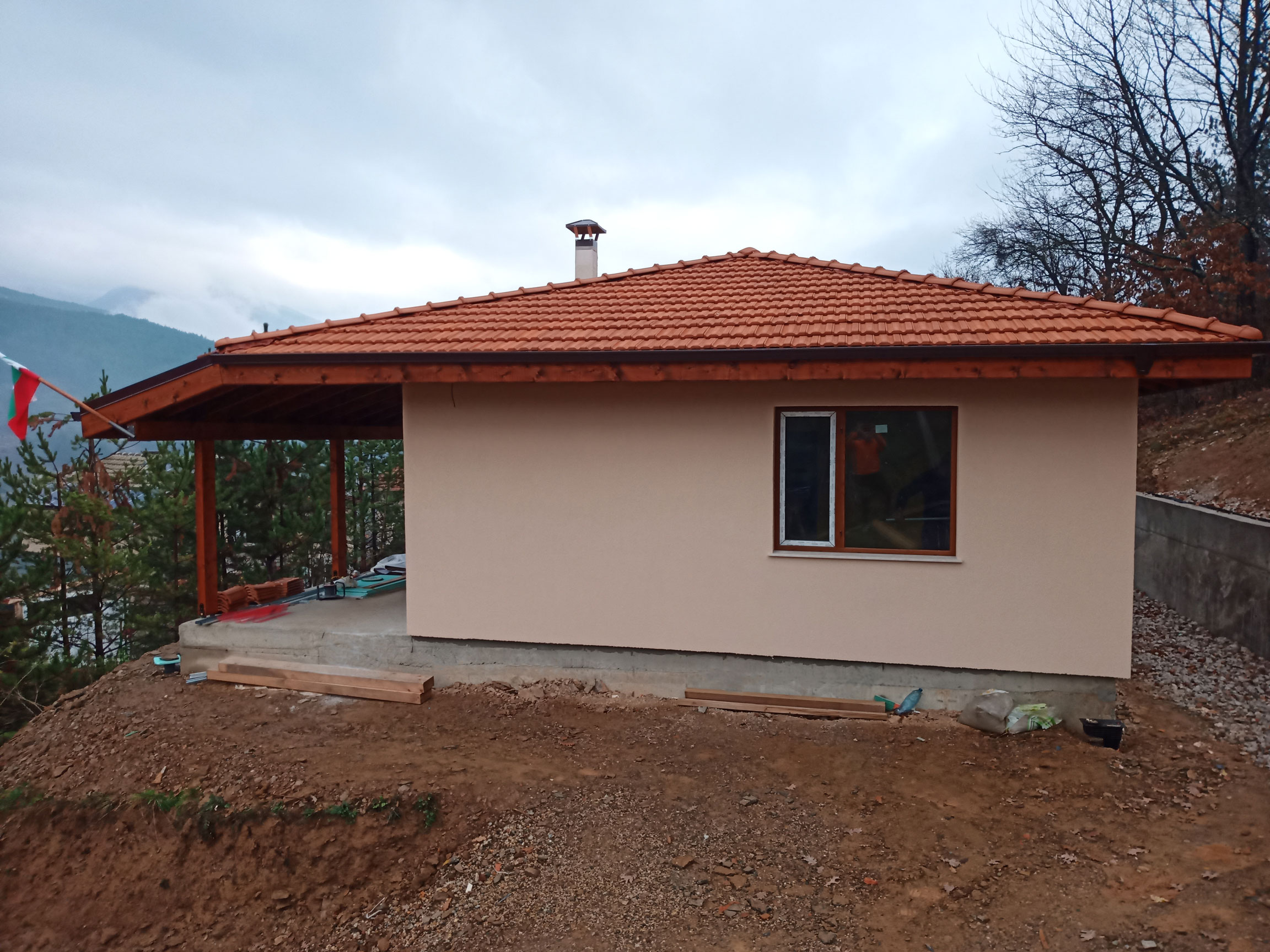 3-завършена-къща-Искрец-66,70-м2-изглед-запад